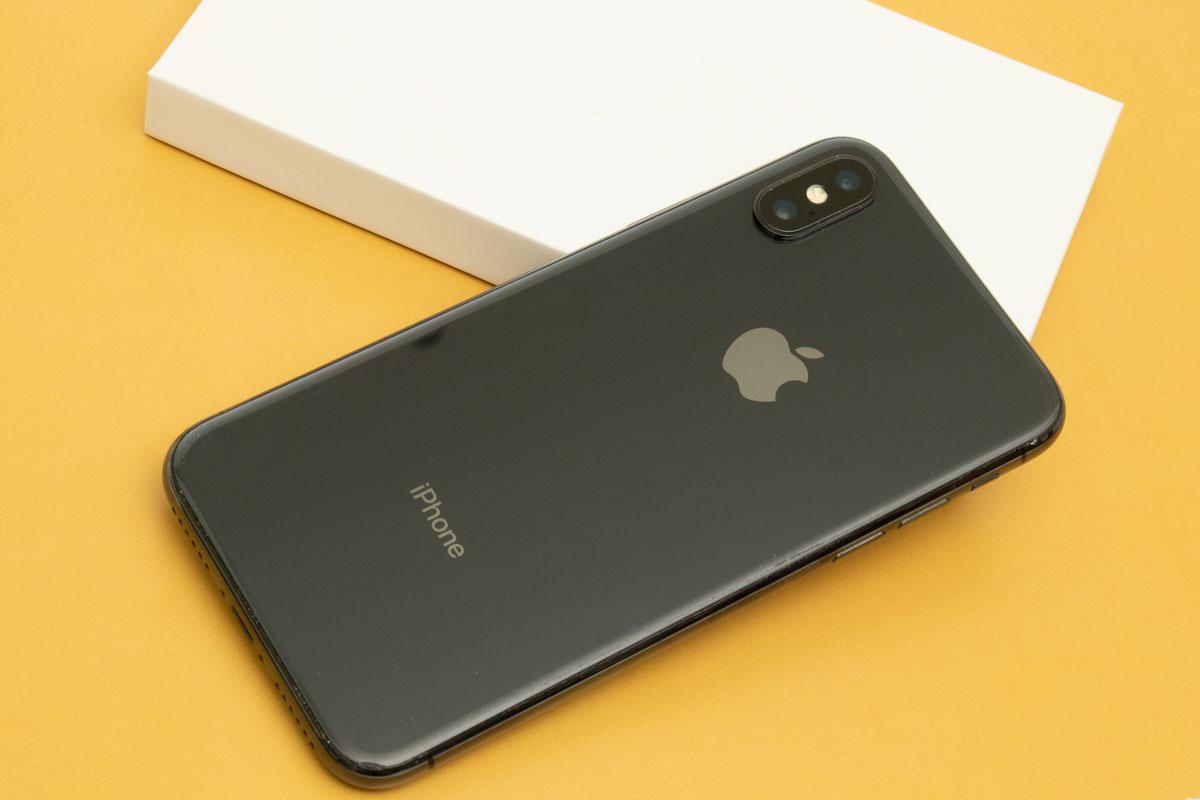 新しくなって帰ってきたiPhoneX スペースグレイ 256GB
