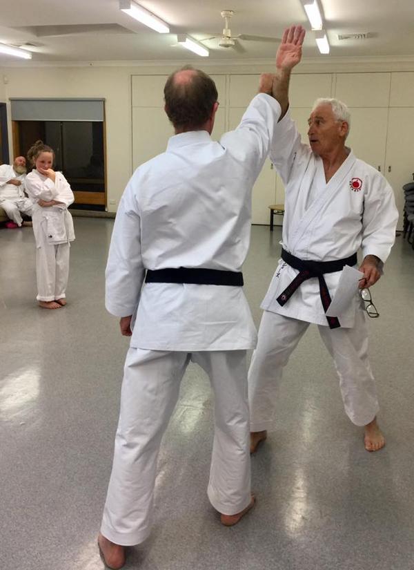 Shihan Ron shows Bunkai