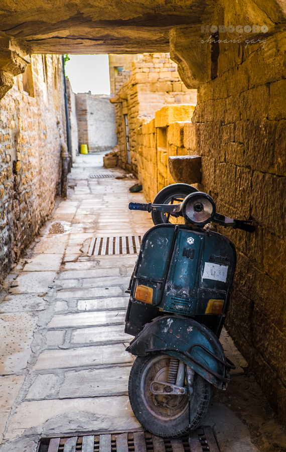 scooter vespa broken down inside jaisalmer fort