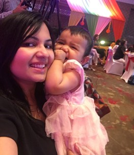 misha and mom at johnsons and johnsons best for baby event pune
