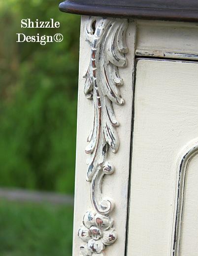 Shizzle Design Michigan #americanpaintcompany white Home Plate Dollar Bill Rushmore Heaven's Light chalk clay paint footboard details 2