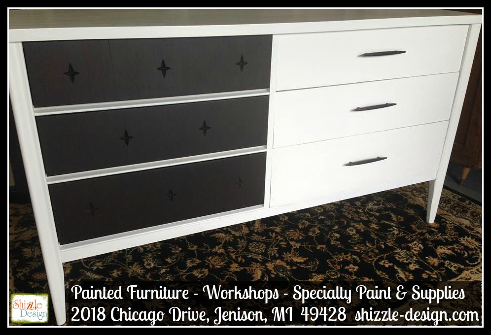 Mid Century Modern Broyhill Saga Star White Paint Shizzle Design Grand  Rapids Michigan Chalk Painted Furniture