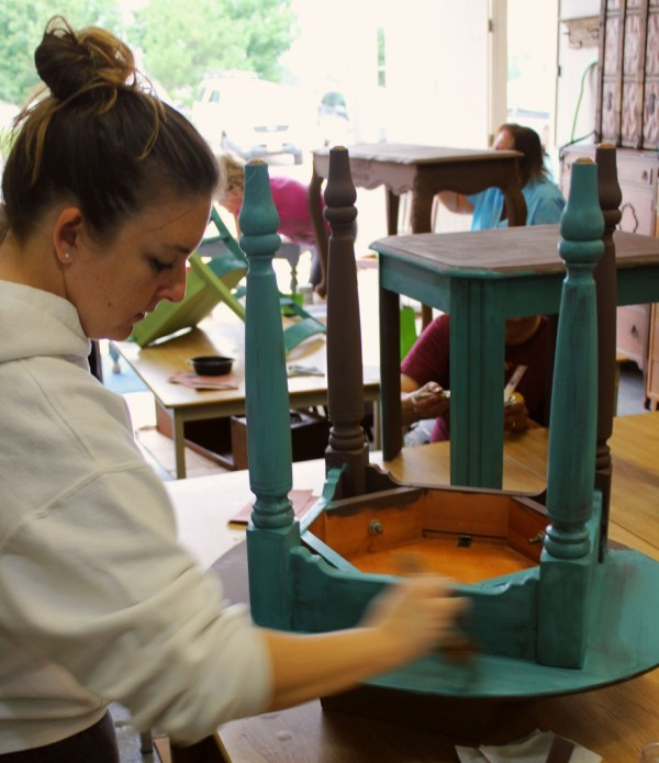 best chalk clay paint classes Grand Rapids Jenison Michigan DIY how to ideas color inspiration painted furniture workshops