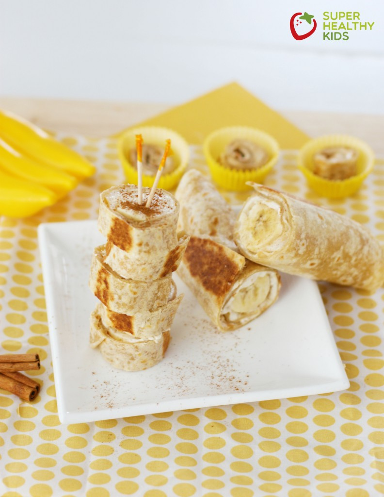 Warm Banana Roll Ups - a healthy, on-the-go breakfast recipe that your kids will absolutely LOVE!