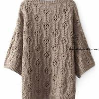 Пуловер спицами ажурным узором