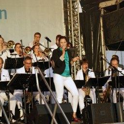 Big Band Magic 24 mit Sängerin Nina-Cathrin Schulze