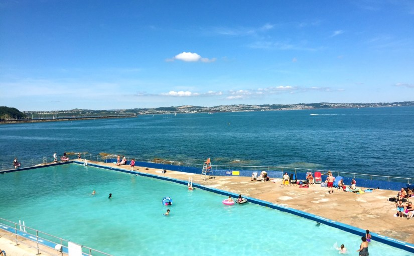 Join the Shoalstone Pool team!