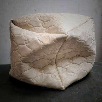 Dani Dodge Sculpture 2017 Materials: mattress skins, thread Size: Up to five squares that vary from 24 inches square to 36 inches square https://danidodge.com/