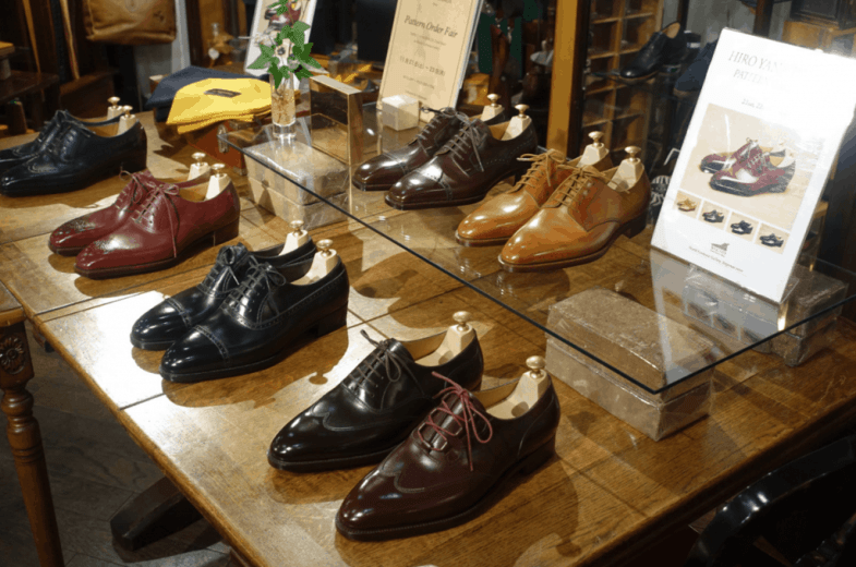 Hiro Yanagimachi was holding a Pattern Order Fair (similar to the one at the super trunk in Stockholm in a few weeks) when I visited, so some shoes from him was on display.