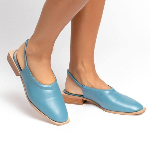 mule-verão-2021-shoes-to-love-loja-online-calçados-femininos-tendencias-azul-céu-salto-geométrico