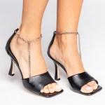 sandalia verão 2021 corrente Amina Muaddi bottega veneta preta bico quadrado shoes to love loja online calçados femininos tendencias (1)