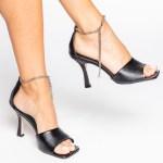 sandalia verão 2021 corrente Amina Muaddi bottega veneta preta bico quadrado shoes to love loja online calçados femininos tendencias (4)