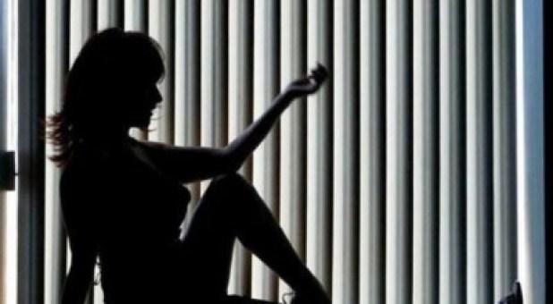 القبض على شبيهة كيم كاردشيان تمارس الدعارة بـ4 دول عربية