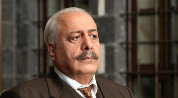 أيمن زيدان يتهم منتج مصري بسرقته