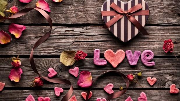img 1388333460 560 اجدد صور قلوب حب للتصميم , صور خلفيات قلوب رومانتيك
