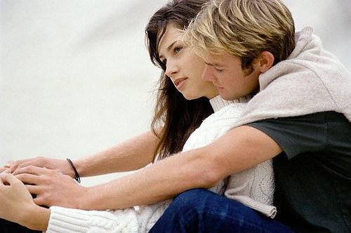 img 1388561221 587 صور حب راقيه  ، اجمل صور رومانسيبه
