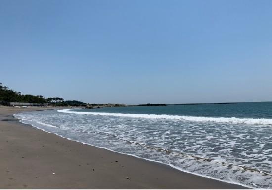 葉山一色海岸の砂浜