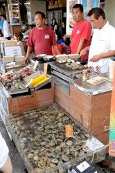 貝作@江ノ島:江ノ島の食べ歩き新名物「大あさり」