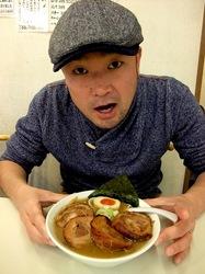 小林屋@茅ヶ崎:味噌ラーメン500円&爆盛りチャーシューメン!