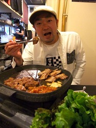 豚まる@藤沢駅南口:大衆食堂風の韓国式焼き肉店でサムギョプサル