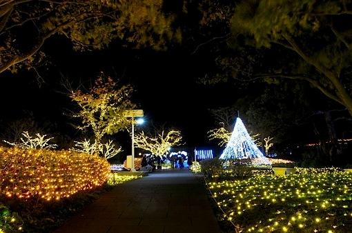 江ノ島シーキャンドルライトアップ2014|サムエル・コッキング苑前の亀ヶ岡広場も鮮やか