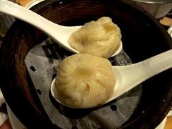 藤沢駅南口の台湾料理湘南火鍋房の小籠包