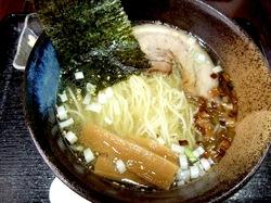 藤沢のめじろを継ぐ麺やこじろの塩ラーメン
