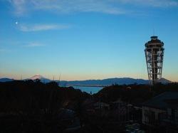 江ノ島シーキャンドルと初日の出&富士山