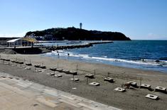 江の島花火大会203の穴場観覧スポット片瀬西浜の新江ノ島水族館前