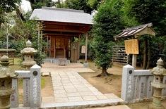 鎌倉紅葉スポット鎌倉駅周辺の葛原岡神社