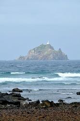 湘南藤沢から五島列島へ宇久島の沖の古志岐島の灯台