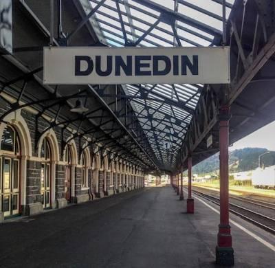 007-dunedin-railway-station