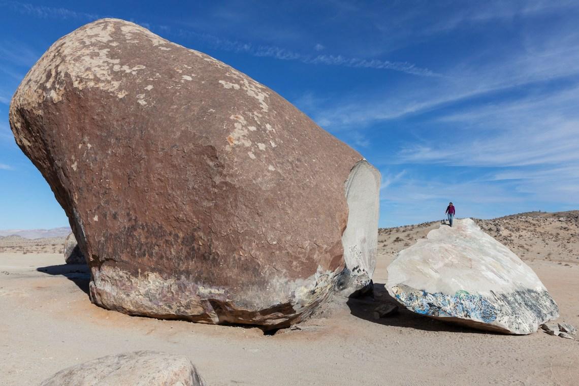 giant_rock_001