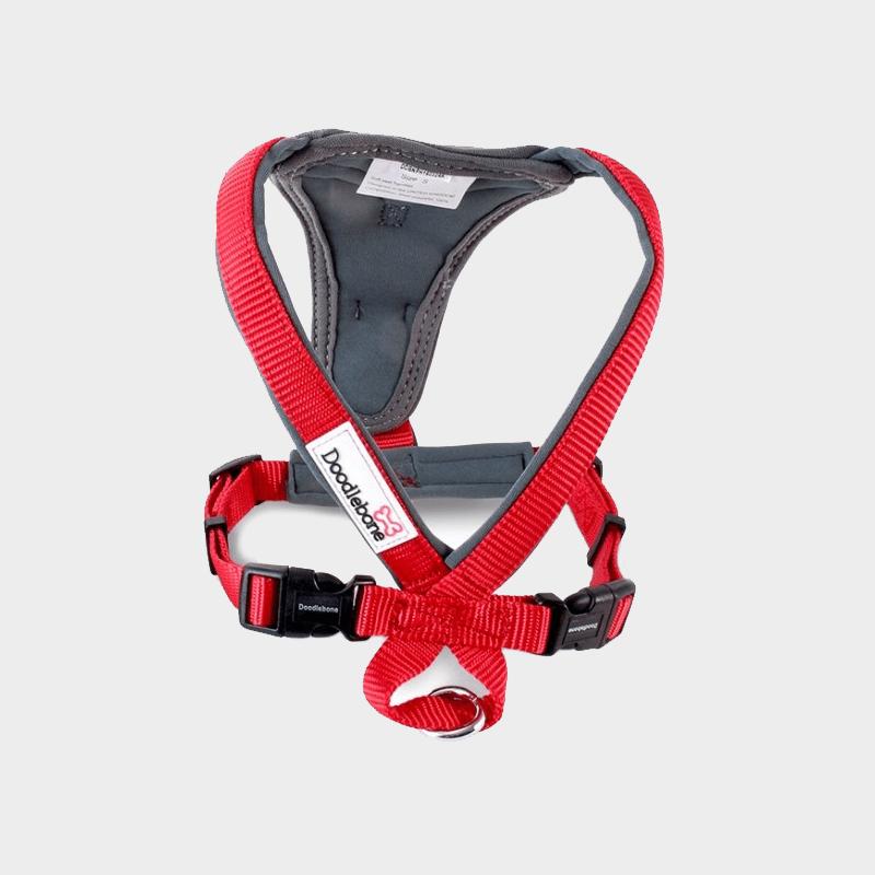 Rotes Doodlebone® X-Over Hundegeschirr