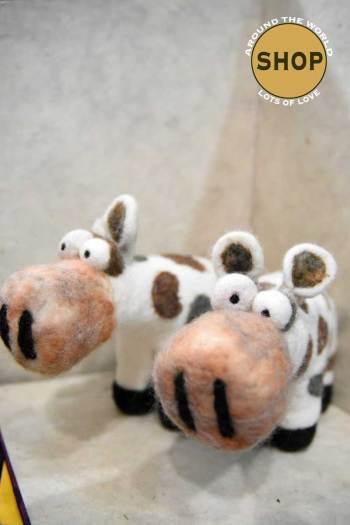 Handgemaakt vilt gekke koe beest. 5334. Speelgoed, dieren.