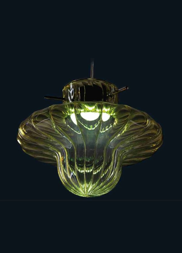 Asia Hanging Suspension Lamps Murano Glass made of blown glass according to ancient Venetian traditions. The shape of the glass represents that of a ufo.