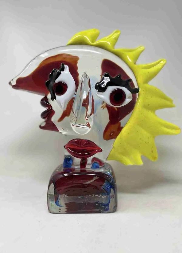 Abstract Pop Art Picasso in Murano glass. Pop art abstract sculpture inspired by Picasso playing with the colors of the glass.