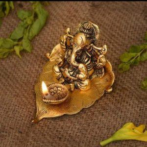 Ganesha on Leaf