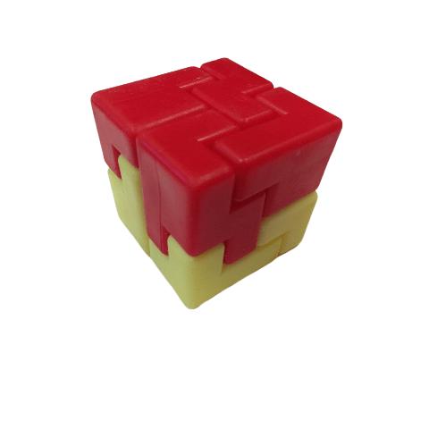 пластмасов пъзел - куб