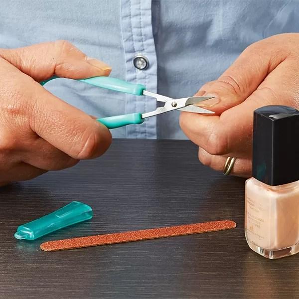 Peta Mini Easi-Grip scissors cutting nails