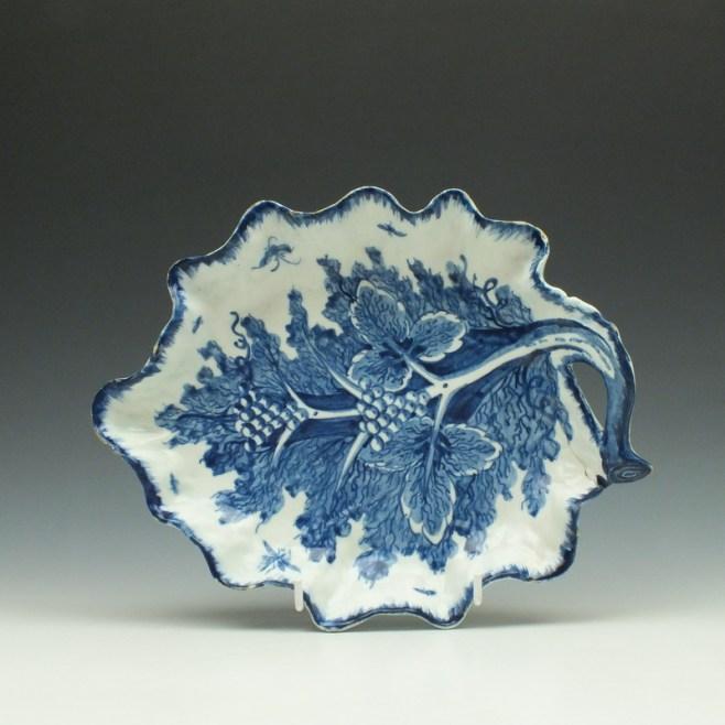 Bow Grapevine Pattern Leaf Dish c1760-65 (1)