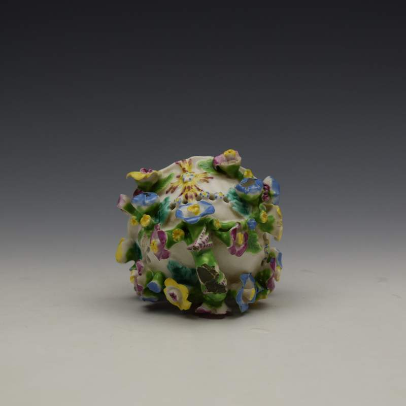 Bow Porcelain Vase and Cover c1765 (12)