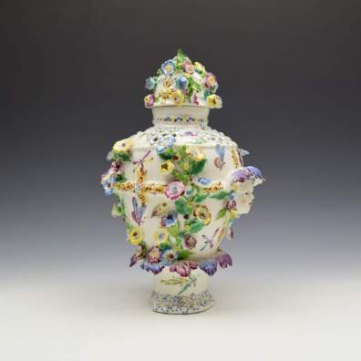 Bow Porcelain Vase and Cover c1765 (6)