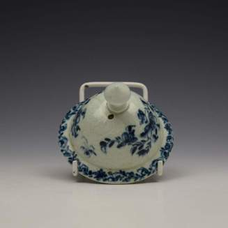 Liverpool Richard Chaffers Floral Mould Pattern Coffee Pot and Cover c1760 (13)