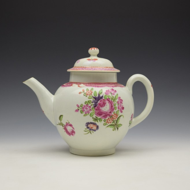 Lowestoft Floral Pattern Teapot and Matched Cover c1780 (1)