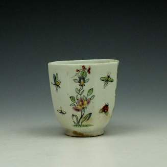Worcester Octagonal Floral Pattern Coffee Cup c1752-53 (2)