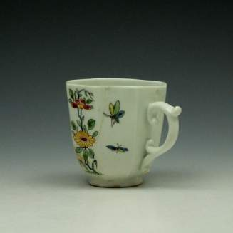 Worcester Octagonal Floral Pattern Coffee Cup c1752-53 (5)