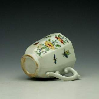 Worcester Octagonal Floral Pattern Coffee Cup c1752-53 (6)