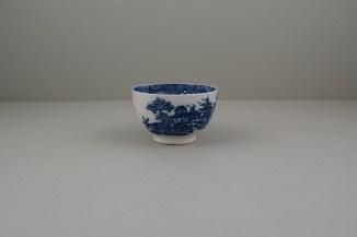 Caughley Porcelain Bandstand pattern Teabowl (2)