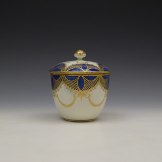Caughley Blue and Gold Garland Pattern Sucrier and Cover c1785-95 (3)